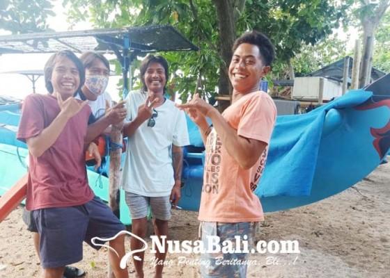 Nusabali.com - nyaris-punah-kini-libatkan-daha-teruna