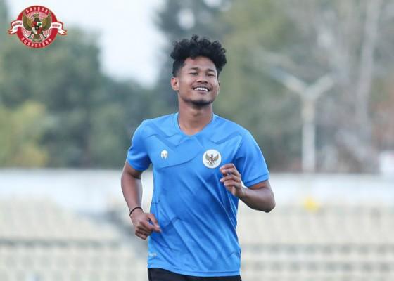 Nusabali.com - timnas-u-23-kalahkan-tajikistan-bagus-kahfi-bikin-gol