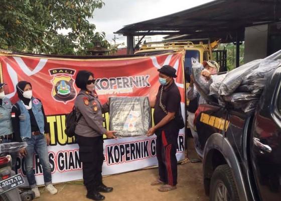 Nusabali.com - gandeng-komunitas-polsek-tampaksiring-bantu-korban-gempa