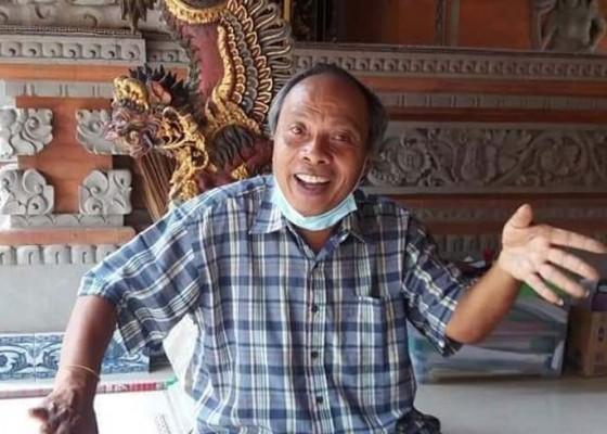 Nusabali.com - sehari-sebelum-meninggal-sempat-melatih-tari-kebesaran-smpn-1-singaraja