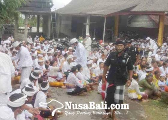 Nusabali.com - krama-liligundi-gelar-piodalan-bersama
