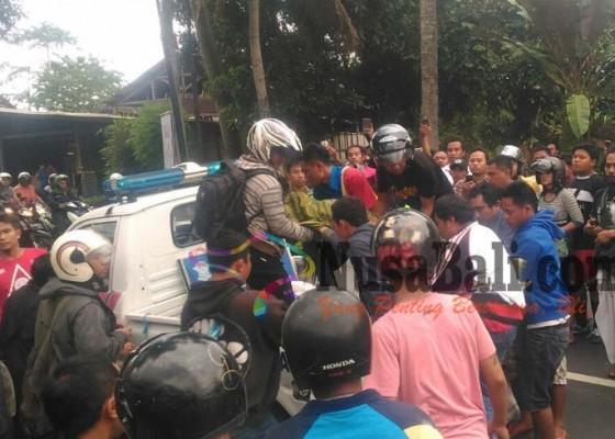 Nusabali.com - tabrak-lari-karyawati-indomaret-tewas