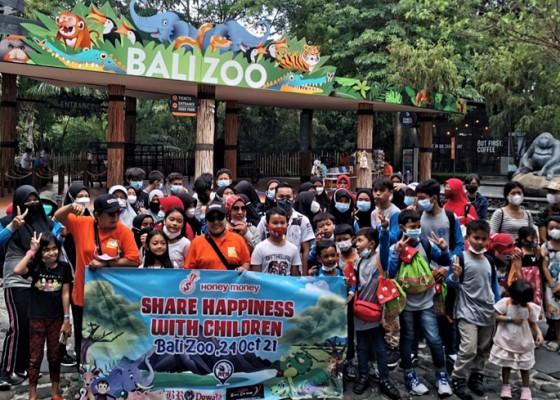 Nusabali.com - wisata-edukasi-komunitas-driver-pariwisata-ajak-yatim-piatu-ke-bali-zoo