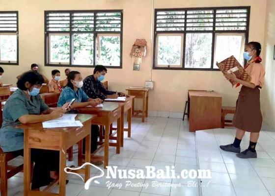 Nusabali.com - rayakan-bulan-bahasa-smpn-3-selat-gelar-beragam-lomba