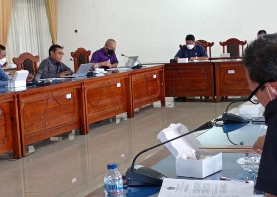 Nusabali.com - dewan-setujui-rancangan-apbd-ta-2022