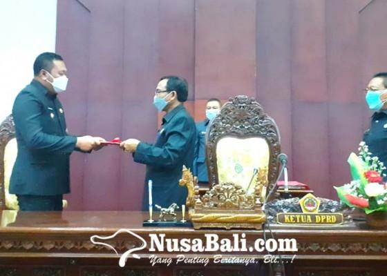 Nusabali.com - dprd-bupati-gianyar-sahkan-5-ranperda
