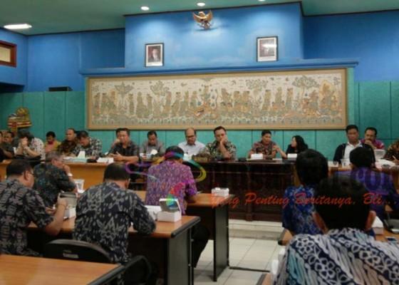 Nusabali.com - dpr-pertanyakan-nasib-pelabuhan-gunaksa