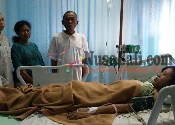 Nusabali.com - gadis-desa-serongga-lahirkan-tumor-21-kg