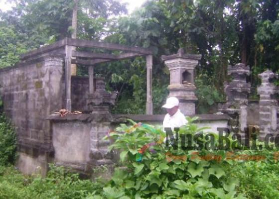 Nusabali.com - subak-bubar-pura-bedugul-merana