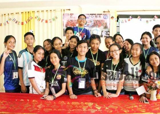 Nusabali.com - siswa-sman-4-denpasar-bikin-perusahaan
