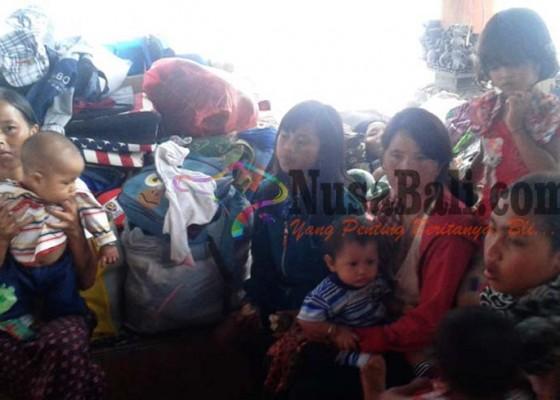 Nusabali.com - warga-korban-longsor-menunggu-direlokasi