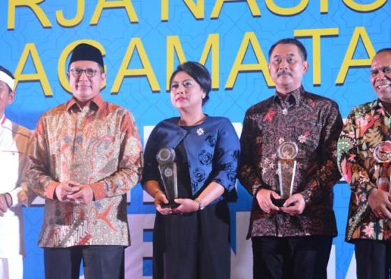 Nusabali.com - bupati-tabanan-raih-harmony-award