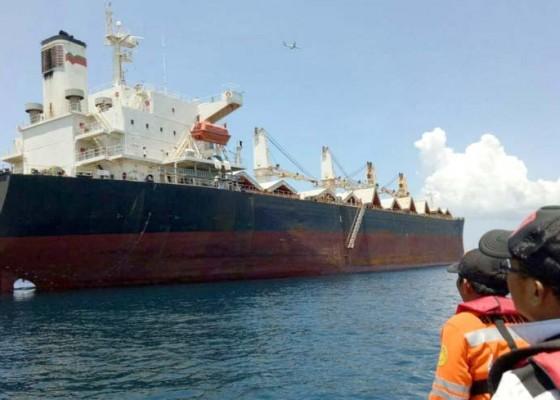 Nusabali.com - awak-kapal-berbendera-panama-dievakuasi-karena-demam-tinggi