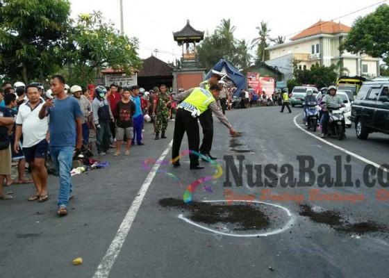 Nusabali.com - jatuh-dari-motor-tewas-tergilas-truk