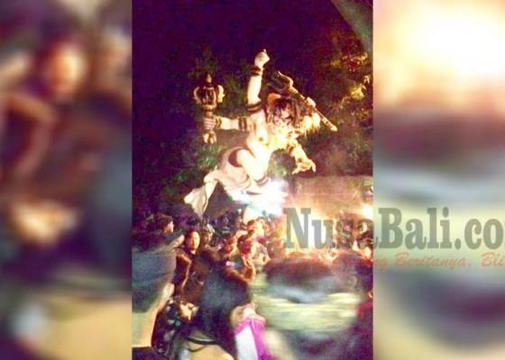 Nusabali.com - desa-sukawati-gelar-parade-ogoh-ogoh