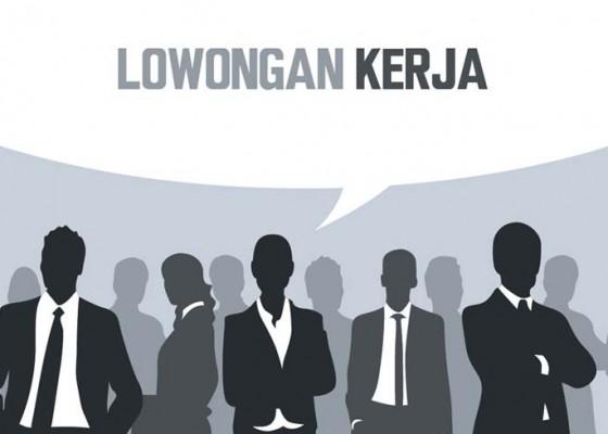 Nusabali.com - 697-pelamar-rebut-3500-lowongan-kerja