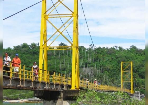 Nusabali.com - termakan-usia-jembatan-kuning-keropos