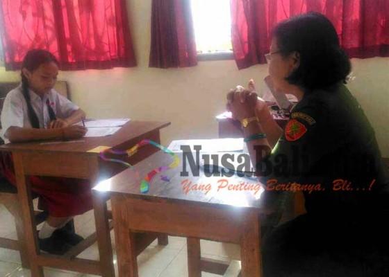 Nusabali.com - 1-murid-slb-ikuti-ujian-sd