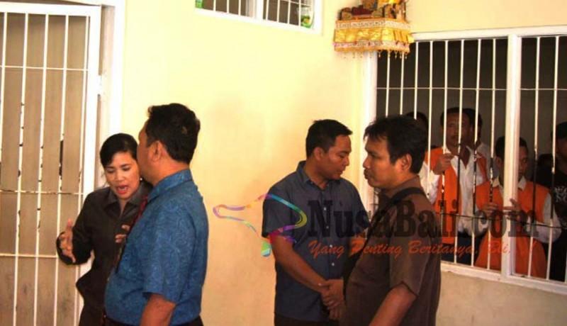 www.nusabali.com-penjagaan-sel-tahanan-pn-denpasar-diperketat