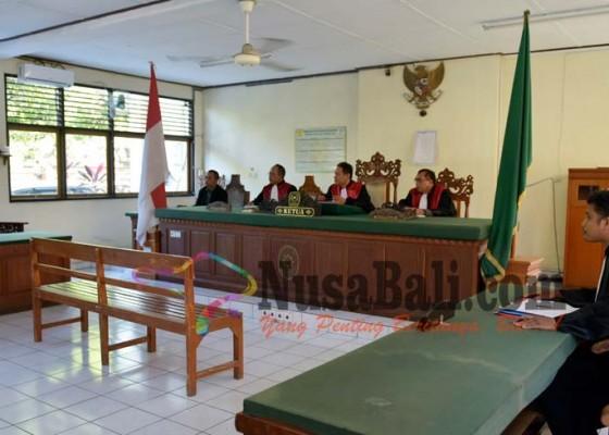 Nusabali.com - terdakwa-kabur-minta-ditahan-di-tabanan