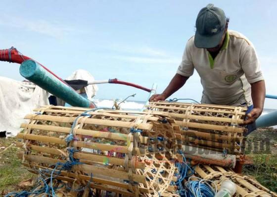 Nusabali.com - kapal-besar-langgar-zona-nelayan-krisis-lobster