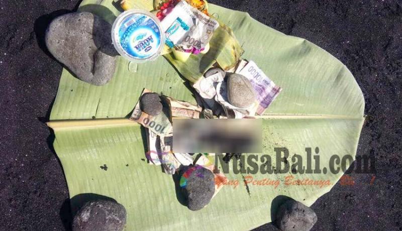 www.nusabali.com-orok-gegerkan-warga-pantai-lembeng