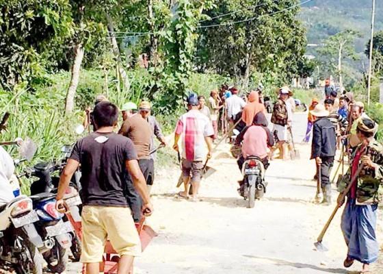 Nusabali.com - libatkan-pula-offroader-dari-jawa-lombok