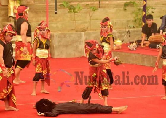 Nusabali.com - seniman-cilik-suarakan-penyelamatan-hutan