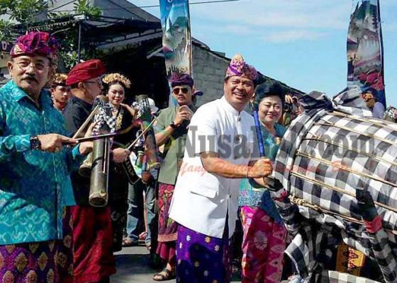 Nusabali.com - pawai-budaya-hut-ke-377-kota-amlapura