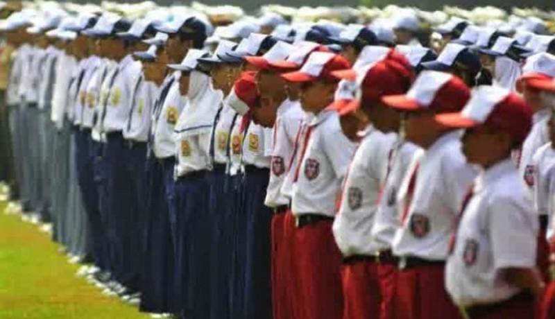 www.nusabali.com-sekolah-tidak-berani-siapkan-seragam