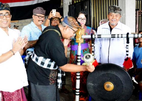 Nusabali.com - pemaksan-baris-cina-dan-gong-beri-renon-gelar-turnamen-ceki