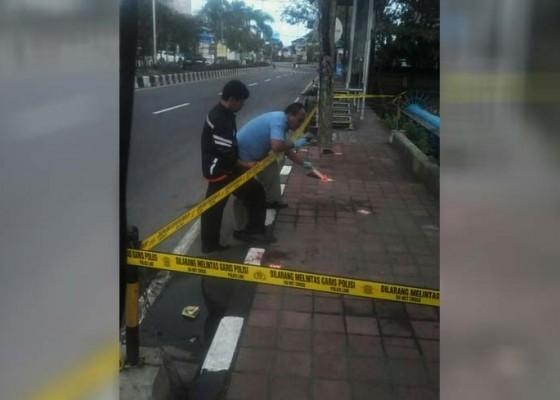 Nusabali.com - geng-motor-tikam-pengendara-lain-hingga-tewas