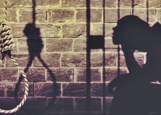 Nusabali.com - depresi-pekak-gantung-diri-di-kamar-mandi