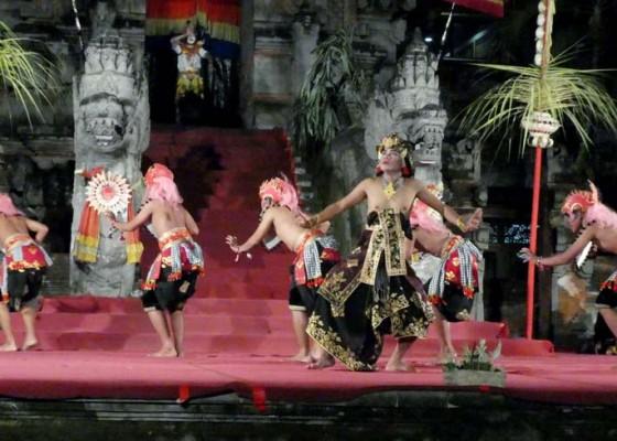 Nusabali.com - kurang-tata-pencahayaan-pentas-terasa-kering