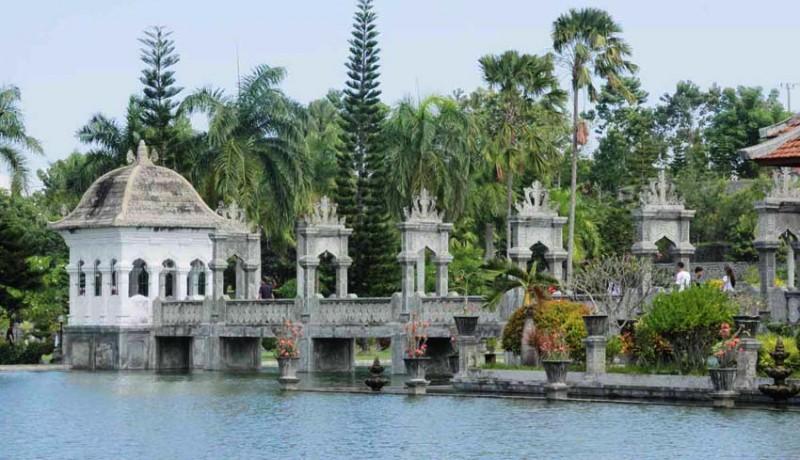 www.nusabali.com-di-balik-pesona-taman-ujung-karangasem