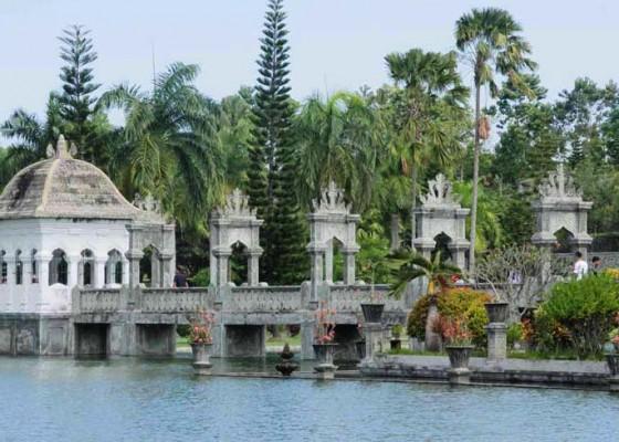 Nusabali.com - di-balik-pesona-taman-ujung-karangasem