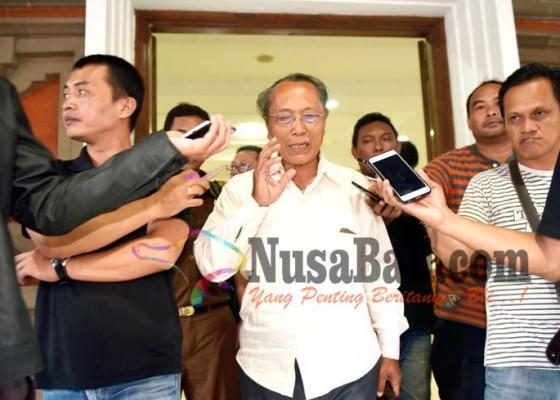 Nusabali.com - diduga-serobot-lahan-eks-hakim-ditahan