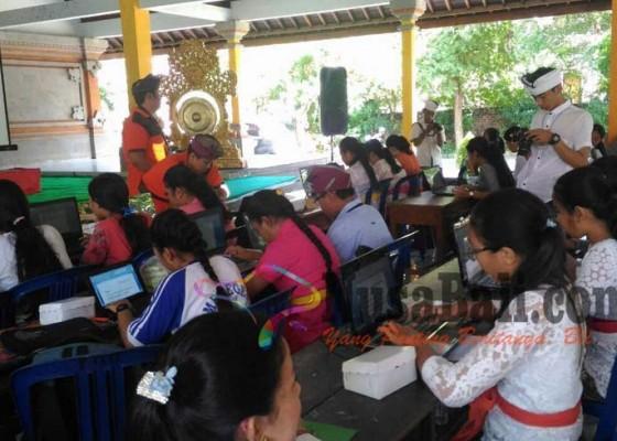 Nusabali.com - siswa-dilatih-komputerisasi-aksara-bali