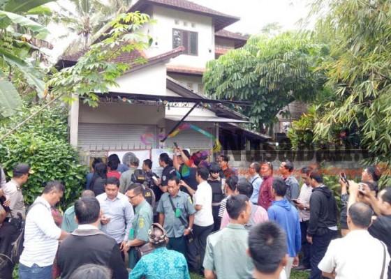 Nusabali.com - puluhan-aparat-jaga-eksekusi-rumah-di-buahan