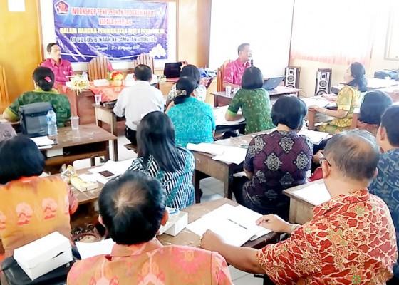 Nusabali.com - puluhan-kepsek-dilatih-susun-program-kerja