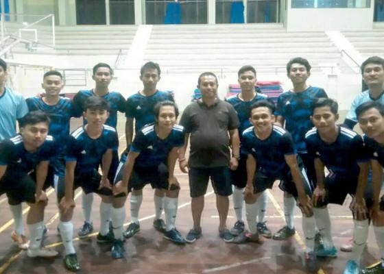Nusabali.com - futsal-badung-akan-coret-dua-pemain
