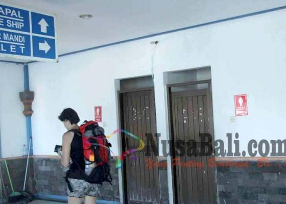Nusabali.com - toilet-rusak-penumpang-kecewa