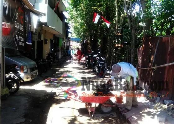 Nusabali.com - pavingisasi-sejumlah-gang-di-kuta