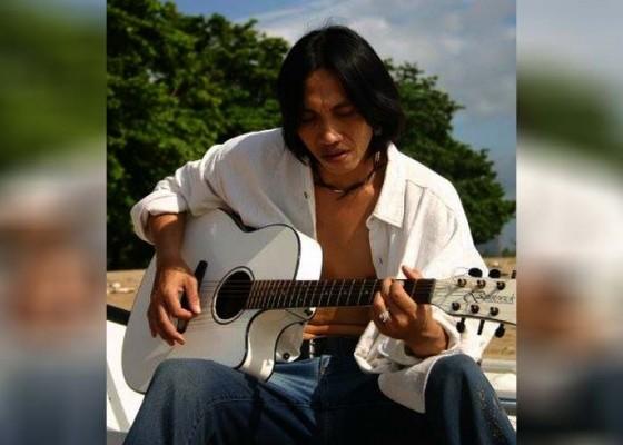 Nusabali.com - penyanyi-pop-bali-jadi-perbekel