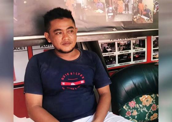 Nusabali.com - penjemput-penumpang-dihajar-calo-bus
