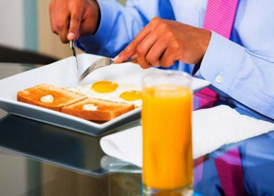 Nusabali.com - kesehatan-pria-sering-lewatkan-sarapan-pagi