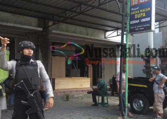 Nusabali.com - polisi-bersenjata-kawal-eksekusi-lahan