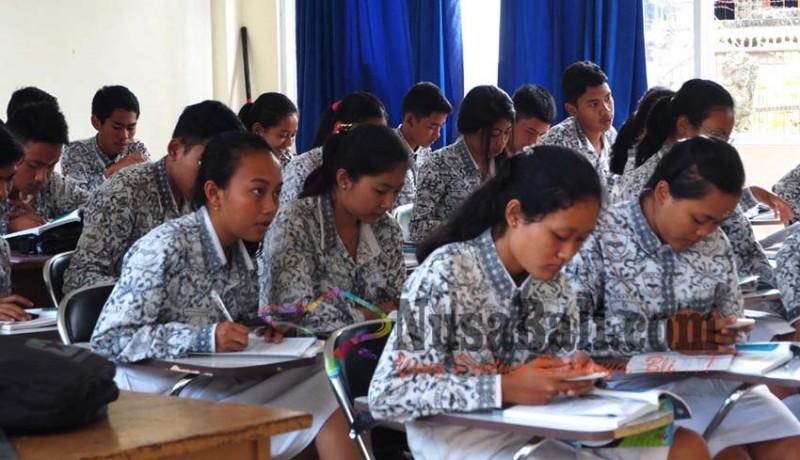 www.nusabali.com-sman-2-semarapura-terapkan-full-day-school