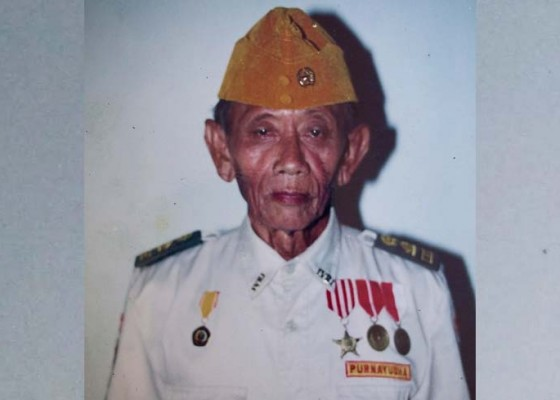 Nusabali.com - tutup-usia-veteran-kerabat-pahlawan-nasional-i-gusti-ngurah