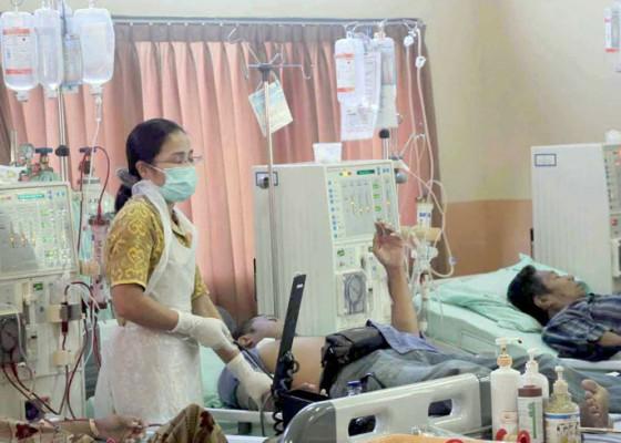 Nusabali.com - pasien-cuci-darah-di-rs-karangasem-berkurang